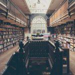 bibliothèque d'une école